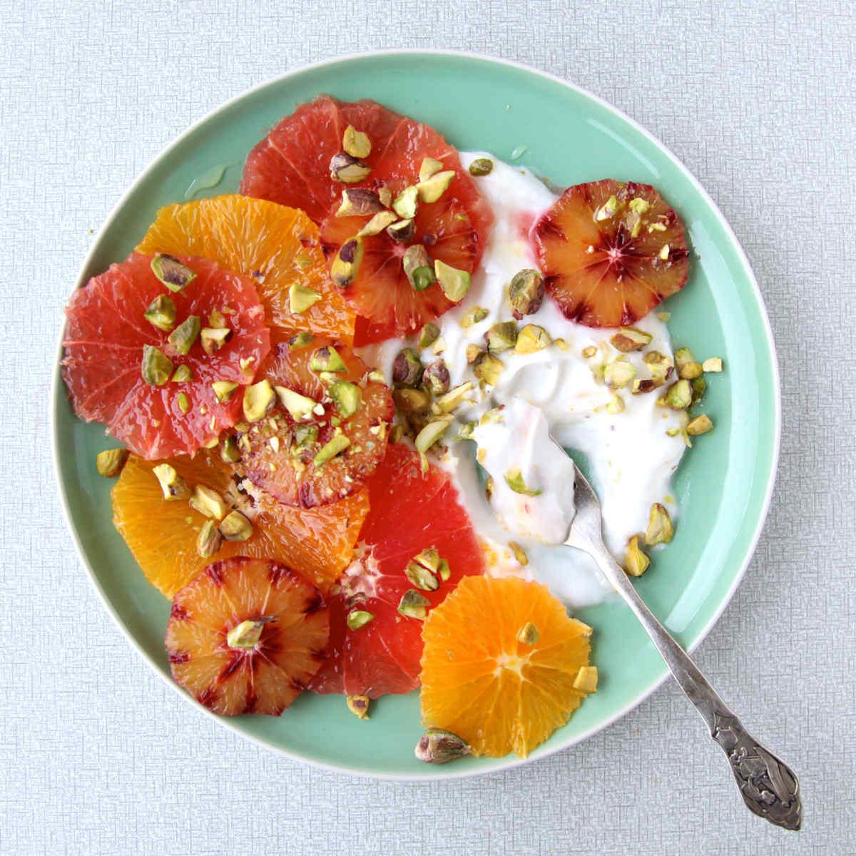 citrussalade pistache kokosyoghurt
